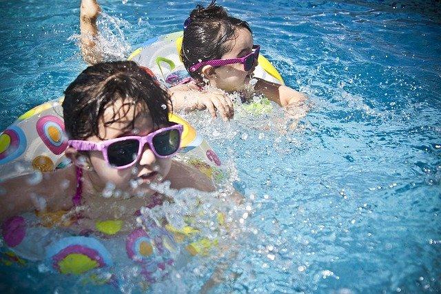 Bazén vylepší komfort na zahradě
